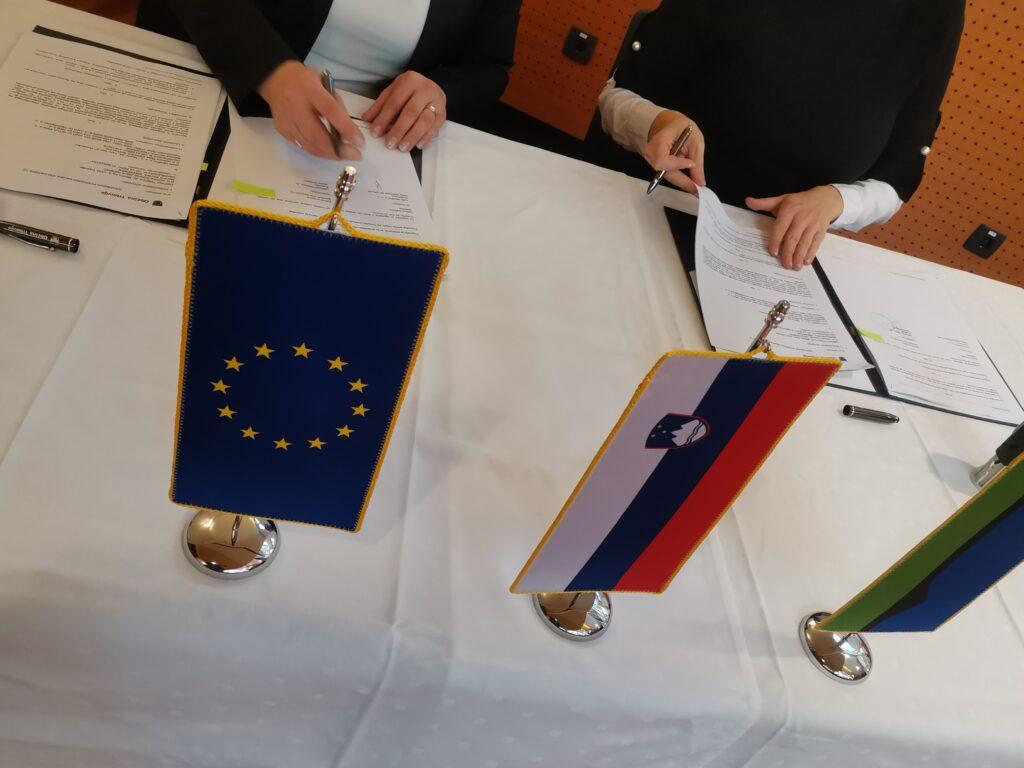 Podpis pogodbe Ledenica